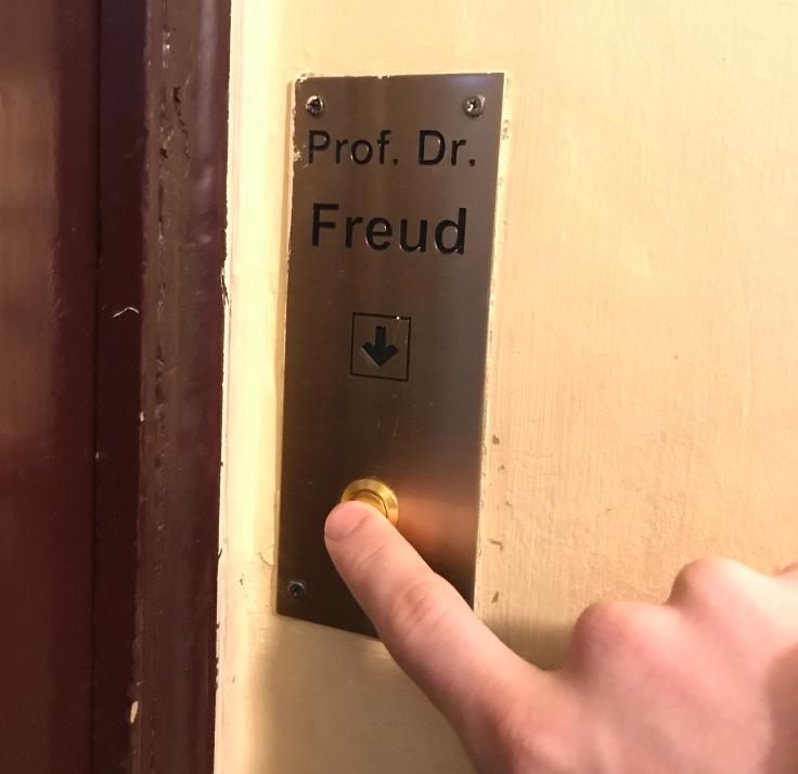 Freud's doorbell