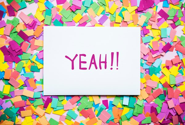 Post it note saying 'yeah!'